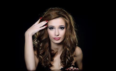 如何护理头发 头发护理的方法 女性如何护发