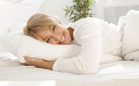 睡觉的禁忌有哪些 睡觉时要注意什么 睡不好如何提高睡眠质量