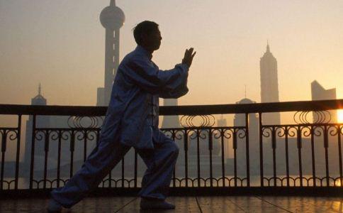 练太极拳的好处 练太极拳的功效与作用 练太极拳的方法