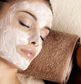 冬季皮肤干燥怎么办 如何正确敷面膜 冬季敷面膜能补水吗