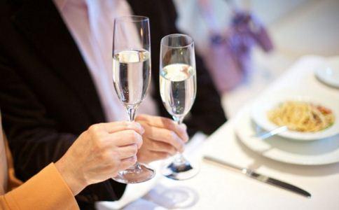 什么是酒精肝 酒精肝的误区有哪些 如何预防酒精肝