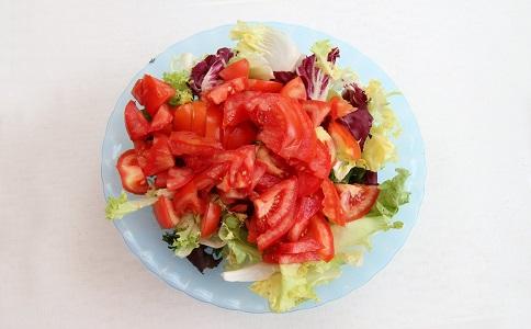 水果沙拉怎么吃可以减肥 蔬菜沙拉的做法 减肥沙拉的做法大全