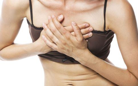 乳头疼是怎么回事 乳头疼的原因是什么 为什么乳头疼痛