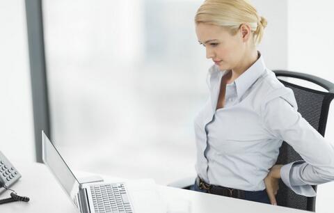 女性腰疼的原因 女性腰疼是什么原因 女性腰疼的预防方法