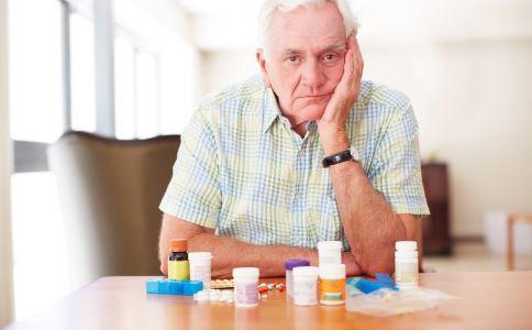胃药什么时候吃好 胃药是饭前还是饭后吃好 吃胃药时要注意什么
