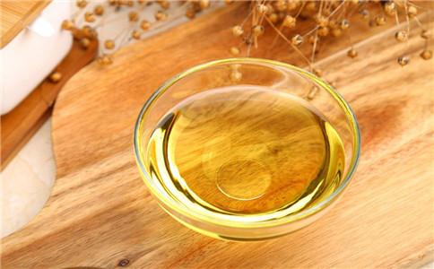 亚麻籽油的好坏 如何鉴别亚麻籽油 亚麻籽油的主要功效