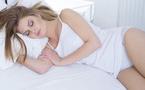 如何睡美容觉 女性如何美容养颜 如何提高睡眠质量
