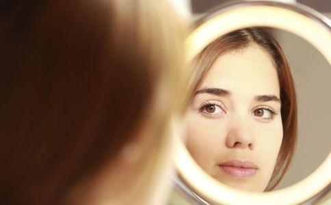 割双眼皮和埋线双眼皮哪个好 割双眼皮和埋线双眼皮有什么不同 割双眼皮的优势