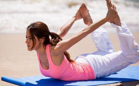 瑜伽如何练好平衡能力 瑜伽中的平衡力怎么练好 练瑜伽怎么练好平衡力