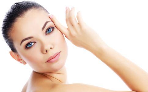 膨体隆鼻手术效果自然吗 膨体隆鼻后会排异吗 膨体隆鼻后如何护理