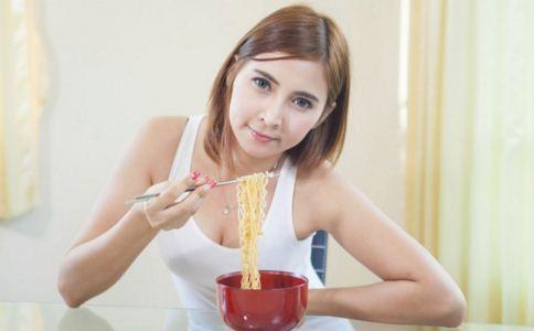 哪些食物不健康 哪些食物油脂多 哪些食物吃了不好