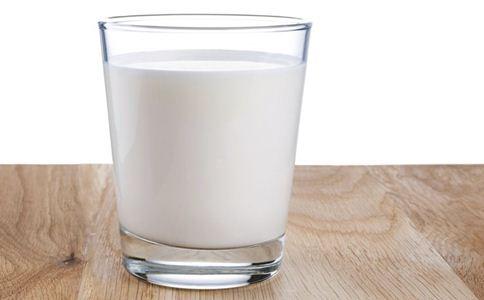 喝牛奶能补钙吗 什么时间喝牛奶补钙效果好 牛奶的营养价值