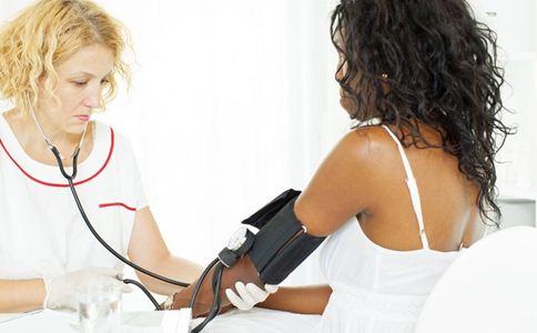 年轻人高血压怎么办 血压高怎么调理 高血压的调理方法