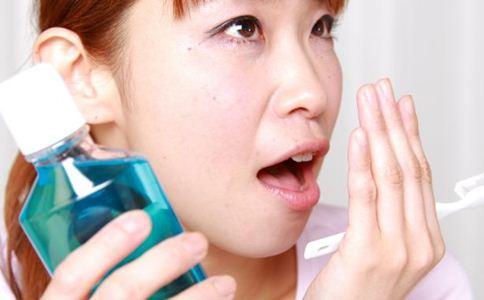 女人口臭怎么办 女人口臭的原因 预防口臭的方法