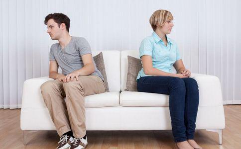 新婚夫妻吵到抑郁 竟是因过年问题争吵