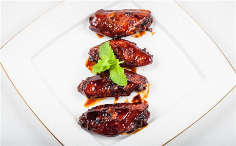 怎样做卤鸡翅膀 卤汁怎么调 鸡翅膀食用禁忌