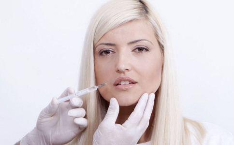 激光双下巴吸脂好不好 双下巴吸脂要注意什么 双下巴吸脂效果如何