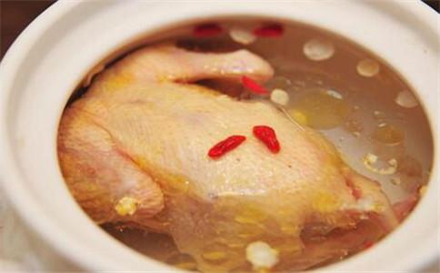 什么鸡汤适合孕妇喝 孕妇喝什么鸡汤 不能喝鸡汤的人