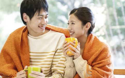 该怎样处理与旧情人之间的关系 如何与旧情人相处 怎么样更好的处理好旧情人关系