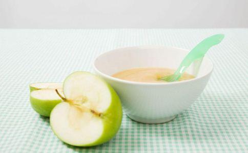 婴儿吃苹果泥好吗 宝宝吃苹果泥要蒸熟吗 苹果泥的做法