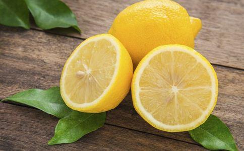 一口气吃117个柠檬 柠檬的功效有哪些 柠檬有什么功效