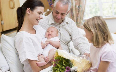 二孩生育高峰来临 高龄孕妇生二胎注意什么事 高龄孕妇生二胎注意哪些事