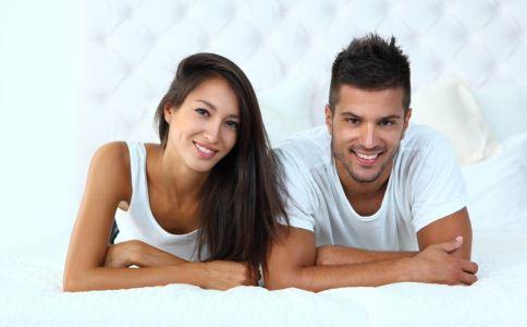 暗恋的表现有哪些 暗恋一个人的表现 女生暗恋男生的表现