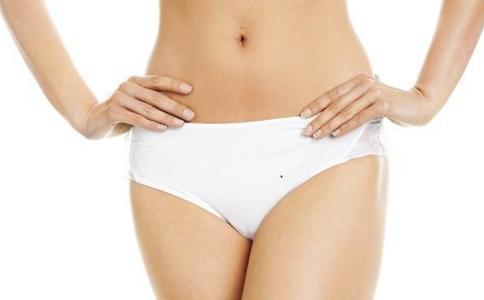 盆腔炎是怎么引起的 该怎么预防盆腔炎 女人盆腔炎的症状有哪些