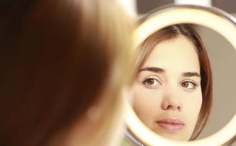 激光美容会让皮肤变敏感吗 激光美容术后如何护理 激光会让肌肤变薄吗