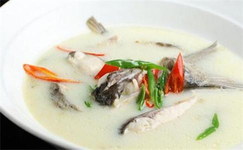 年夜饭吃什么鱼 年夜饭鱼的做法 年夜饭吃鱼的由来