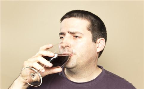 怎么预防酒精肝 酒精肝有什么症状 酒精肝有哪些危害