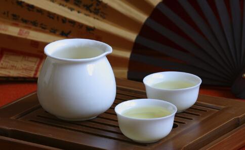 喝什么茶饮减肥效果好 春节喝什么茶可以减肥 最适合春节减肥的茶有哪些
