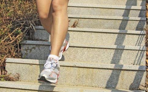 错误的走路方法 错误的走路姿势 走路姿势错了怎么办
