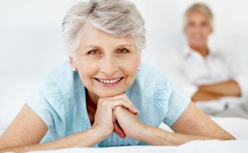 哪些因素会导致女性衰老 女人该怎么防止衰老 怎么预防衰老