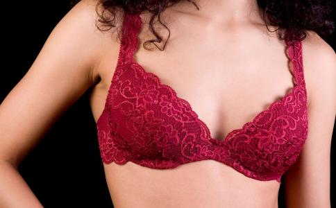 女人胸部太大有哪些危害 乳房该怎么保健 乳房保健方法有哪些