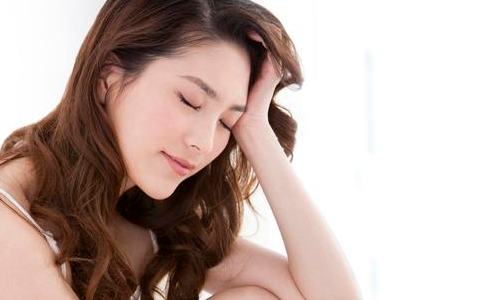 冬天睡懒觉有什么害处 睡懒觉的危害有哪些 冬天睡懒觉对身体好吗