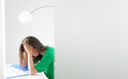留学生抑郁闭门不出 如何预防抑郁症 预防抑郁症的方法