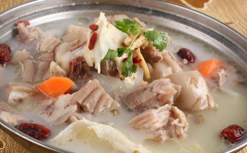 补气养血吃什么 当归羊肉汤的做法 当归羊肉汤的功效