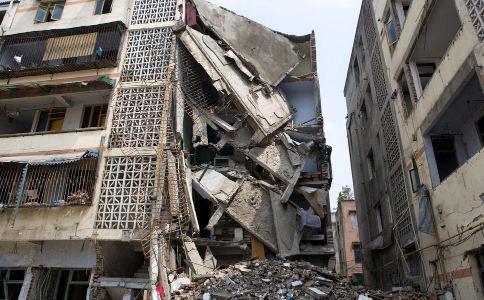 地震后受伤如何自救 地震后怎么自救 地震后如何互救
