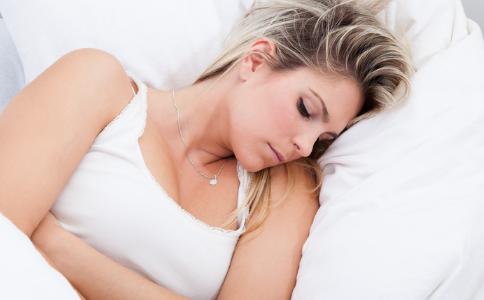 女人不来月经的原因有哪些 月经推迟不来的原因有哪些 月经不来怎么调理