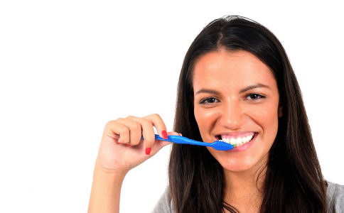 刷牙的正确方法 如何降低患食道癌风险 刷牙的方法