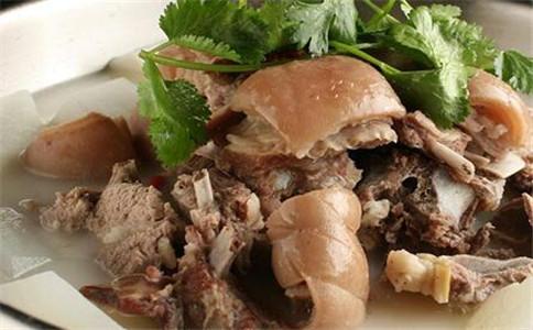 羊肉炖萝卜的做法 羊肉怎么去膻味 羊肉汤的做法