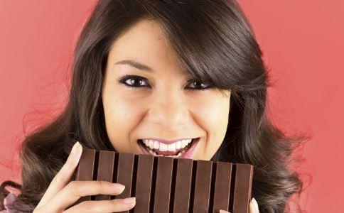 女性在日常的补血小方法中多吃补血食物。