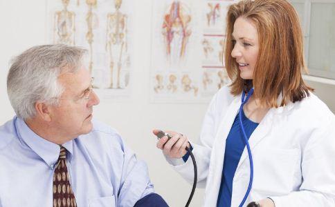 想要降血压注意什么 高血压患者该怎么护理 高血压患者的护理措施有哪些