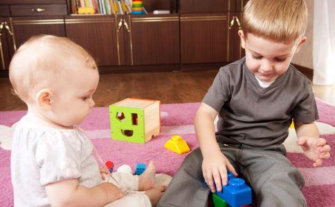 二胎家庭教育策略 二胎家庭的教育 二胎家庭如何教育孩子