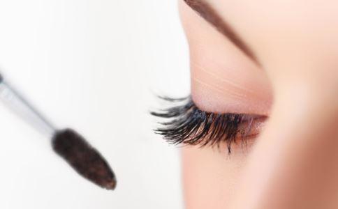 睫毛太短怎么办 睫毛种植怎么样睫毛种植注意什么