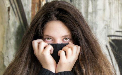 黑眼圈如何去除 黑眼圈怎么消除 消除黑眼圈的方法