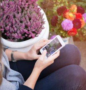 坐小月子可以玩手机吗 小月子期间玩手机好吗 坐小月子期间如何护眼
