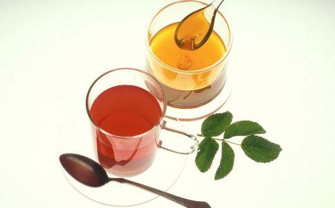 感冒喉咙痛可以喝蜂蜜水吗 感冒喉咙痛怎么办 如何治疗感冒喉咙痛