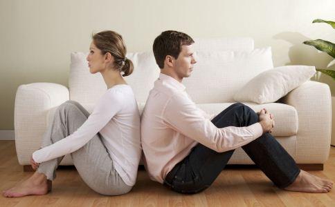 夫妻吵架该怎么和解 吵架后该怎么才能和解 吵架之后怎么和好